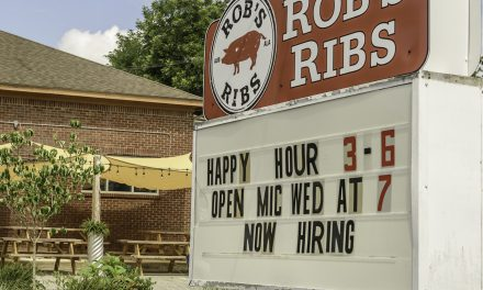 """""""Butcher Paper On Steroids"""" : Auburn's newest bbq tradition: Rob's Ribs"""